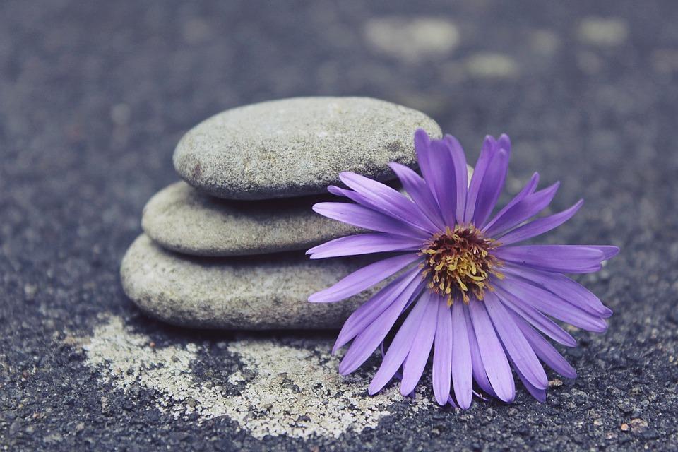 stones-944149_960_720