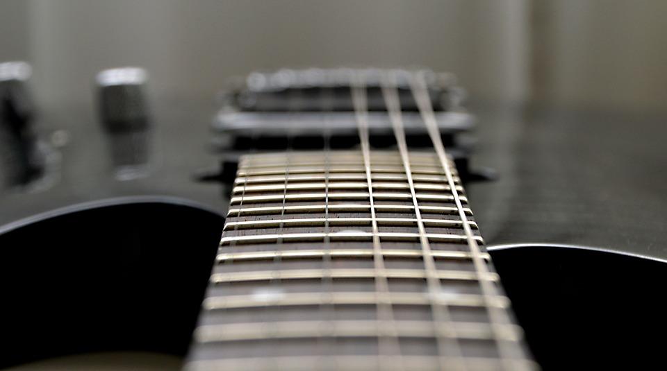 guitar-2816248_960_720